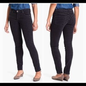KUT from the Kloth Mia Houndstooth Skinny Pants